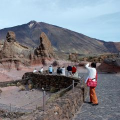 Tenerife Excursions Online, events, hotels, trips, tours, cheap, reservations, tickets, restaurants, dolphins show, whales watching, scuba diving, snorkeling, jeeps, quads