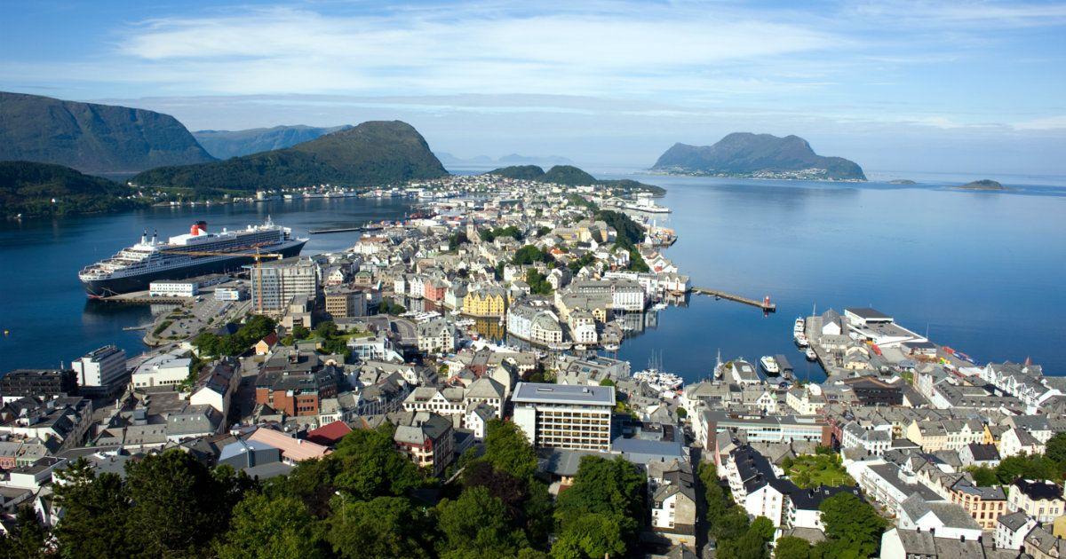 Fiordos Noruegos: 8 días a bordo del Monarch, reservas, hoteles, vuelos, viajes, vacaciones, luna de miel, Junio 2017, Julio 2017, Mar del Norte, Noruega