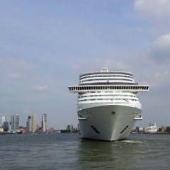 Crucero de 7 días en el MSC Splendida desde Italia, Barcelona, Palermo, Roma, Génova, Civitavecchia, Francia, España, Malta, reservas